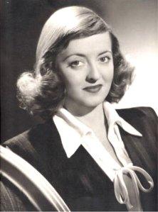 Shirlee Winans, Bette Davis Lookalike