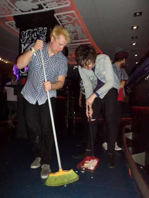 Justin and Sulli cleaning up in Bilbao. Ardy in background wearing a sweet beret